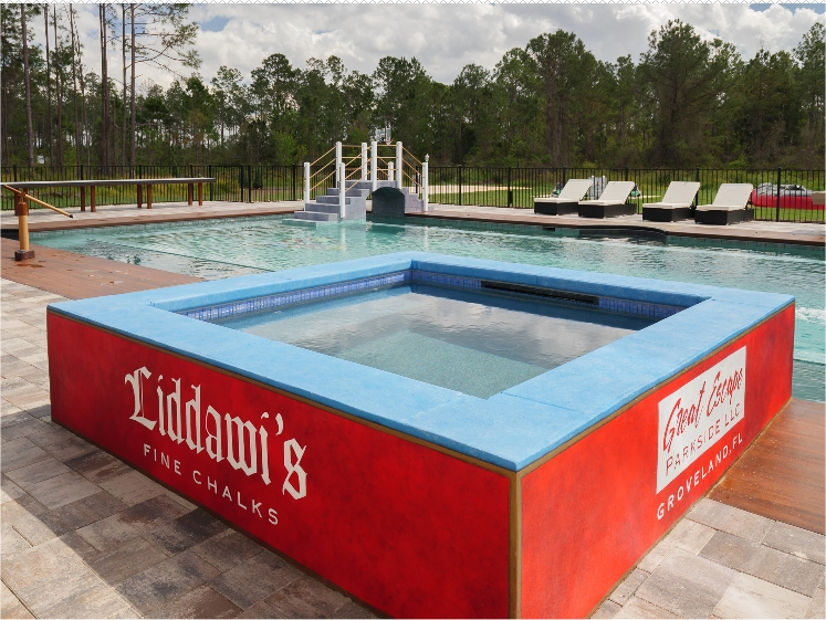 Pool & hot tub with jacuzzi at Disney Orlando area vacation rental home