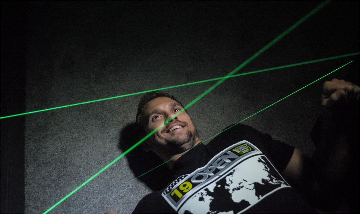 play a laser maze at a vacation home in Florida!