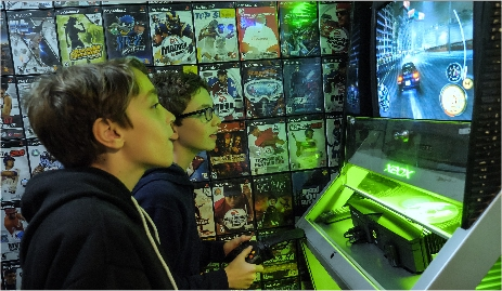 Play video games at Great Escape Parkside